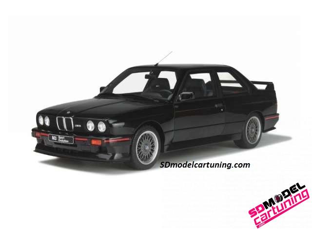 1:18 BMW E30 M3 Evolution 1990 zwart