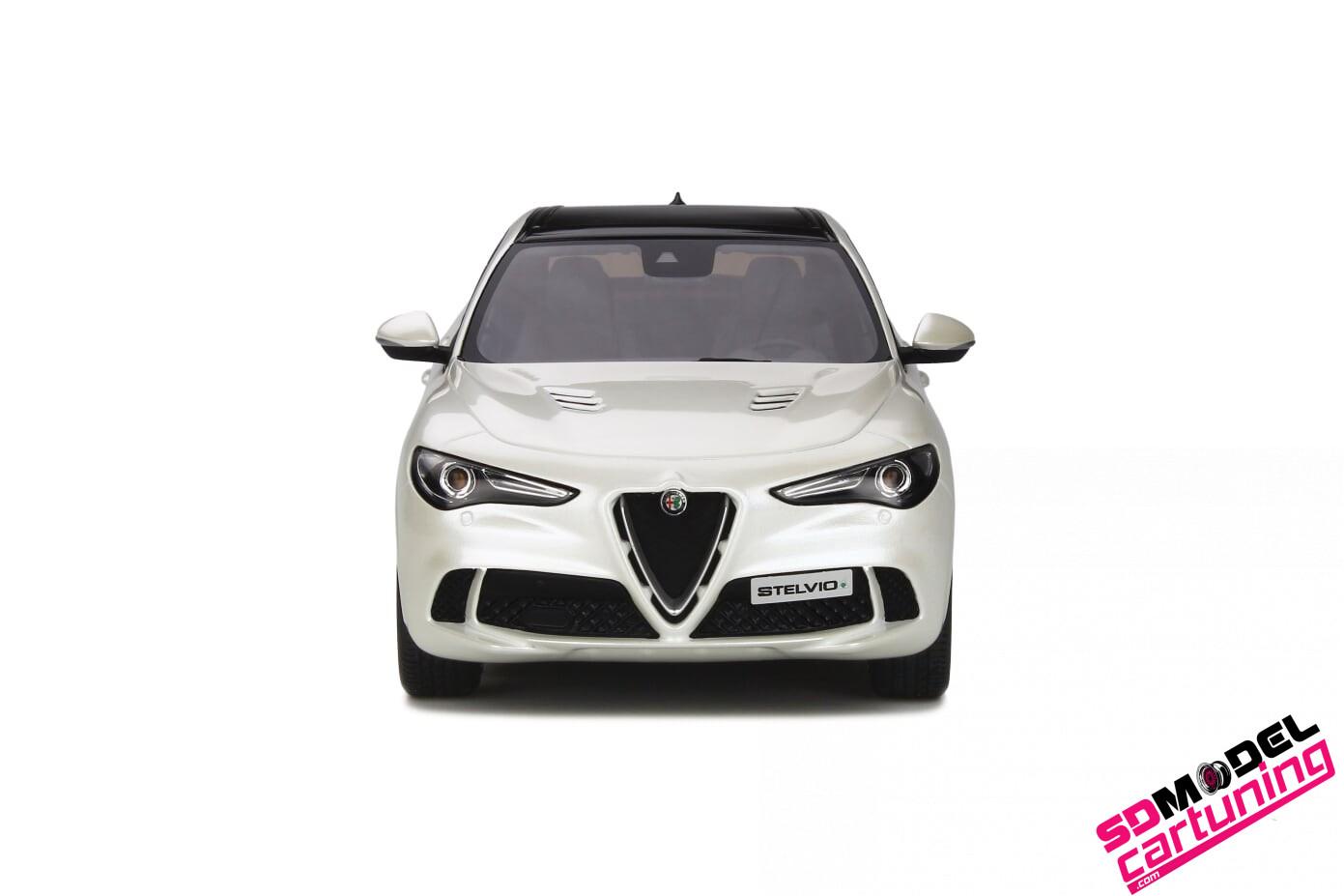 1:18 Alfa Romeo Stelvio Quadrifoglio wit