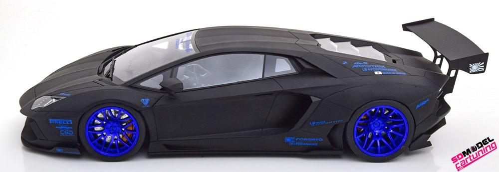1:12 Lamborghini Aventador LB Works matzwart