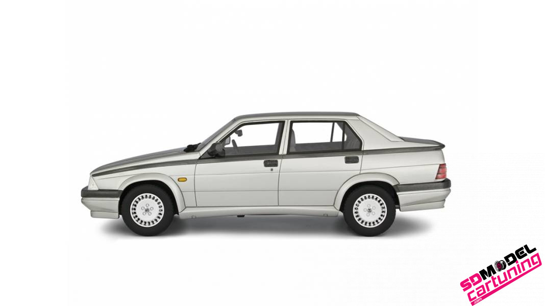 1:18 Alfa Romeo 75 2.0 Twin spark 1987 zilver