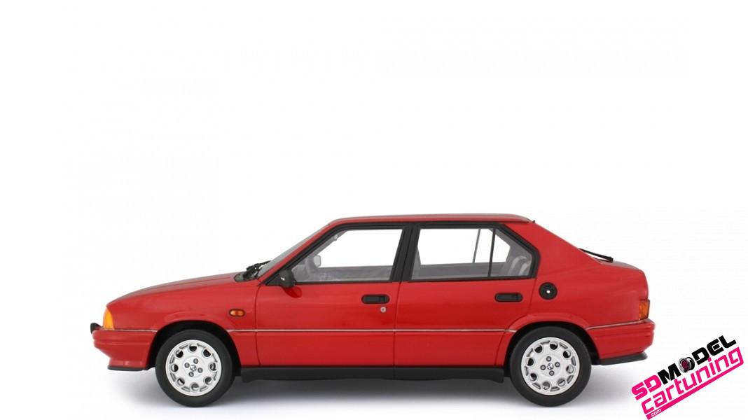 1:18 Alfa Romeo 33 1.5 Quadrifoglio Verde Rood